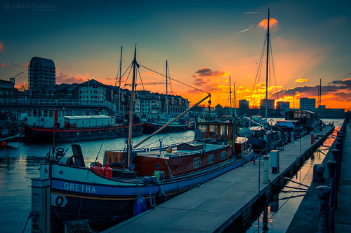 sunset london water docks boat 365 neighbours hdr surreyquays project365 365days greenlanddocks 365project julianalauletta