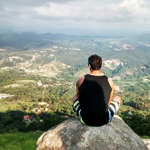 Para atingir os objetivos, agente passa por cima das dificuldades!  🙏  #trekking #travel #trip #fun #segundadoano #ecaladapicoolhodagua #paz #proteção #menteaberta #corpoblindado #blessed