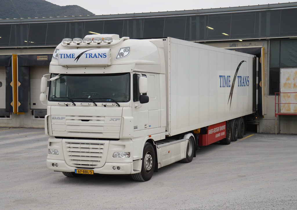 Page5 on daf xf 105 ssc 2
