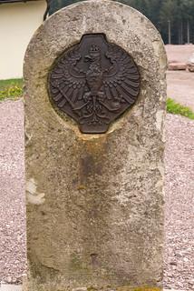 Prueußischer Obelisk mit Grenzadler bei Oberhof