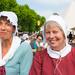 Twee vrouwen in historische kleding