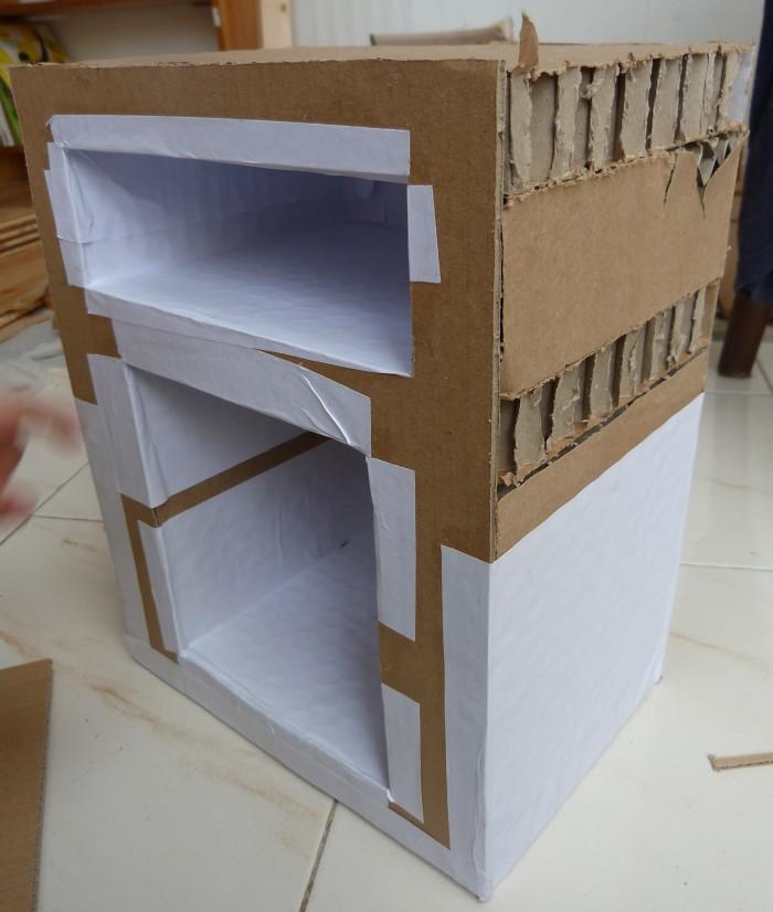 mouton et coton petite table de chevet en carton. Black Bedroom Furniture Sets. Home Design Ideas