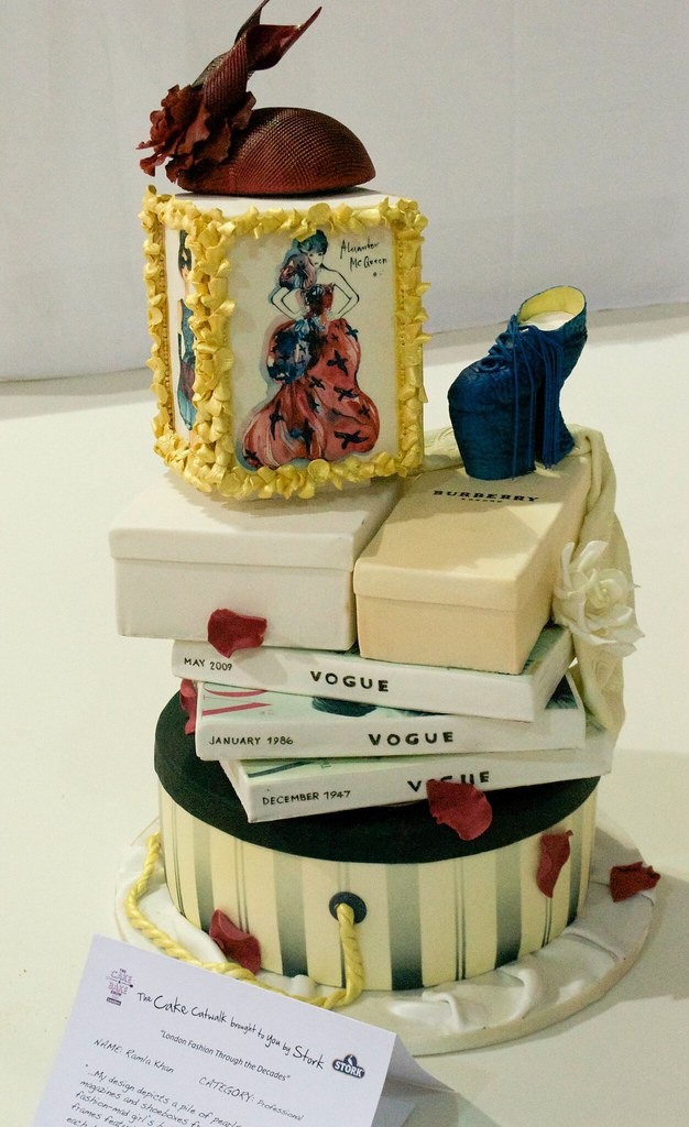 ramla khan fashion cake