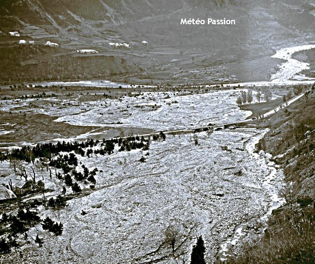 crue et cône de déjection du Couleau après les fortes pluies de fin septembre 1928 météopassion