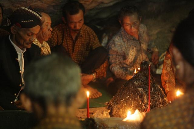 Tradisi Suran Desa Getas, Kecamatan Kaloran