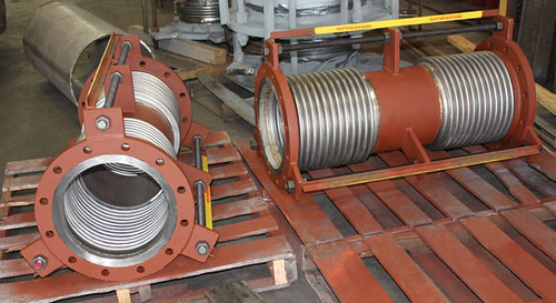 Tied Universal Expansion Joints Designed for a Vapor Line Used for Rail Car Loading