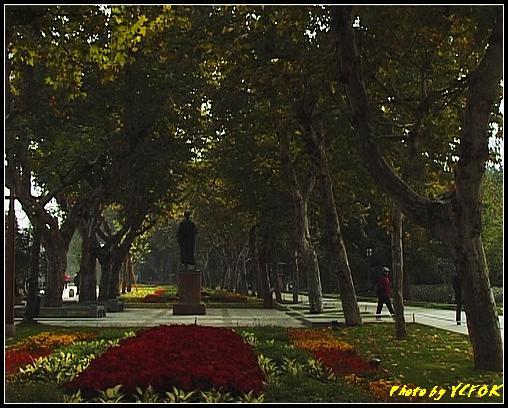 杭州 西湖 (其他景點) - 058 (湖濱路的湖畔花園)