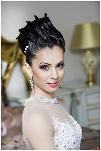 """""""Irina Mihalaș"""" - o moderatoare carismatică și o interpretă selectă, pentru petrecerea Dvs."""