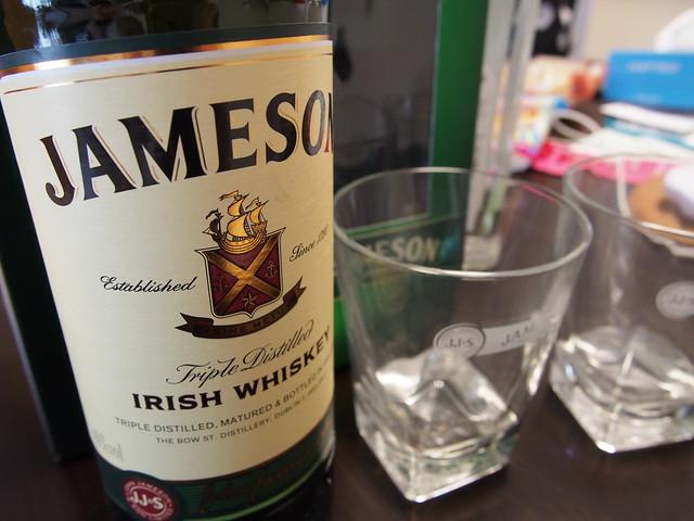 Jemson(ジェムソン)のロックグラス2個付きを買ってみた