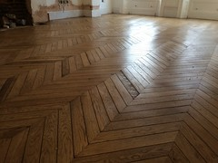Reclaimed French oak chevron