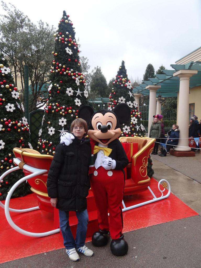 Un séjour pour la Noël à Disneyland et au Royaume d'Arendelle.... - Page 7 13903500774_dbdac3bfd9_b