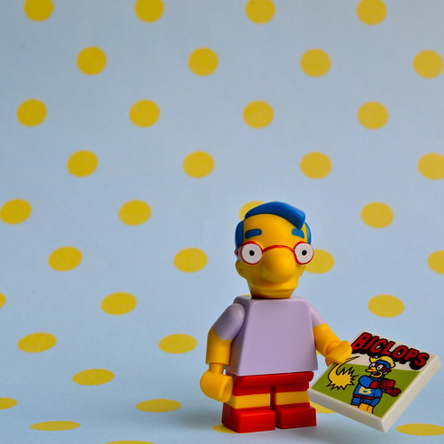 The Simpsons Minifigures: Milhouse