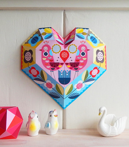 folded-paper-heart-diy
