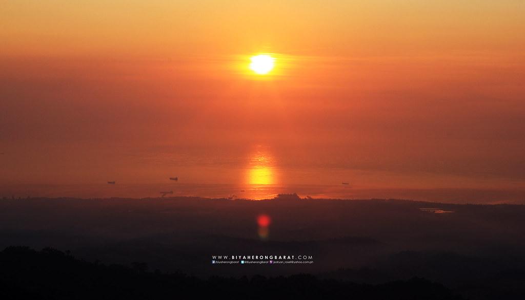 Mount Tarak Mariveles Bataan Sunrise ridge