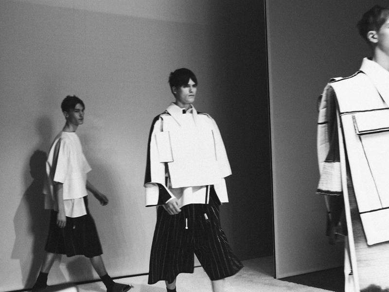 Mikkoputtonen_fashionblogger_london_H&M_design_award_2015_winner_ximon_lee_backstage_show20_web