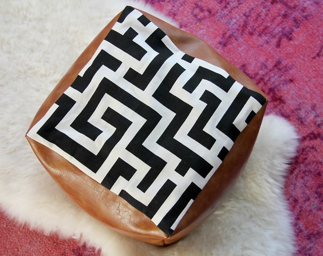 how-to-make-a-cube-doorstop-tutorial-diy-via-KristinaJ-blog