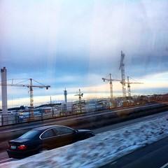 Vad jag blir trött på stan, skönt att åka tillbaks hem över bron igen.