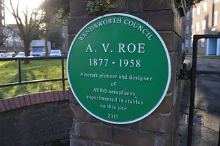 Immagine di A. V. Roe. green plaque aviation wandsworth westhill aeroplanes avroe