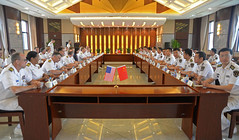 U.S. 7th Fleet and People's Liberation Army (Navy) staff members take part in a roundtable discussion in Shanghai. (U.S. Navy/MC2 Indra Bosko)