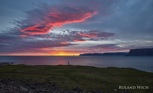 sunset sun sunrise iceland midnight westfjords