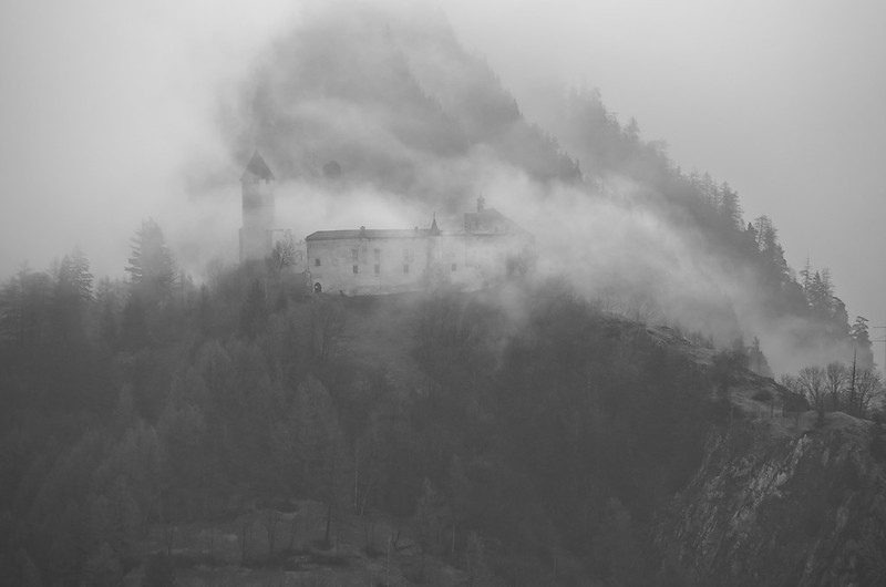 morning mist(ery)