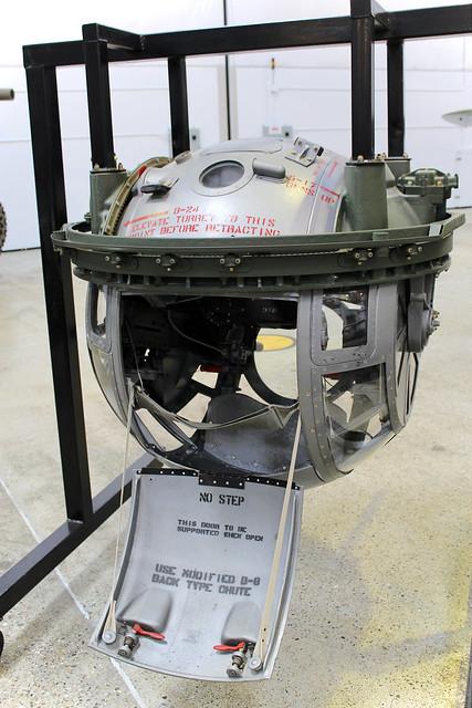 B 24 Ball Turret B-17/B-24 Sperr...
