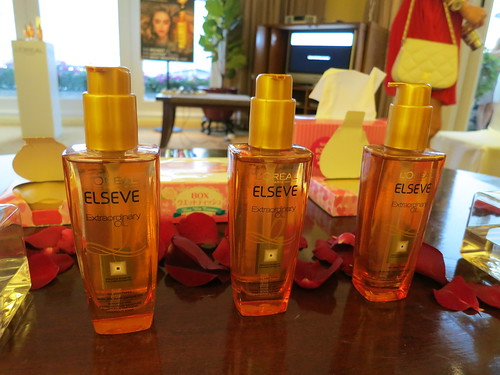 Singapore Lifestyle Blog, Singapore Beauty Blog, Hair Oils, L'oreal Paris Elseve Extraordinary Oil, L'oreal hair oils, Recommendations of L'oreal Paris Elseve Extraordinary Oil, L'oreal Paris Elseve Extraordinary Oil reviews, Best hair oils, beauty reviews, nadnut