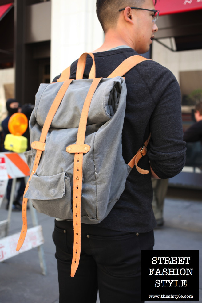 monochromatic, flint backpack, flintoutdoors, flint roll top, man morsel monday, thesfstyle, sfstyle, street fashion style, san francisco fashion blog, desert boots,