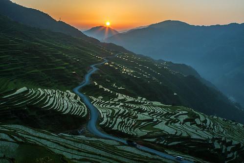 china sunrise guizhou 贵州 黔东南 canon40d 加榜梯田 jiabangriceterraces