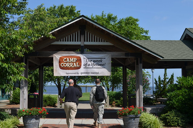 Golden Corral Food Review