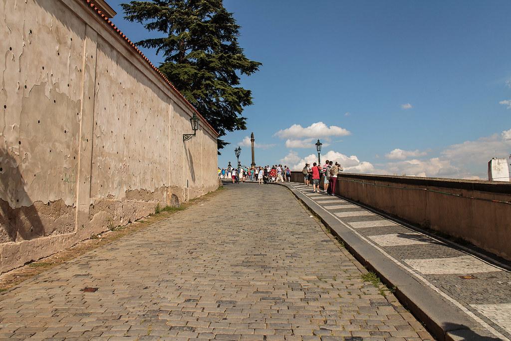 בדרך למצודת פראג