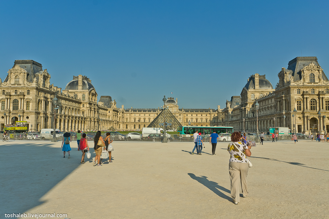 Louvre-9