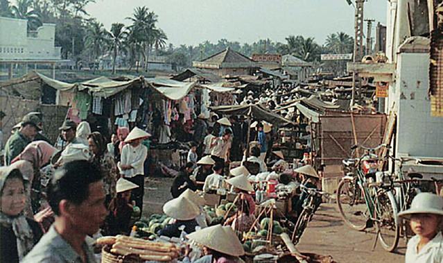 Tay Ninh fish market 1968