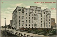 'Pillsbury Mills, Minneapolis, Minn.' / postcard of Pillsbury A Mill