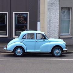 volkswagen beetle(0.0), bmw 501(0.0), mid-size car(0.0), compact car(0.0), automobile(1.0), vehicle(1.0), morris minor(1.0), antique car(1.0), sedan(1.0), classic car(1.0), vintage car(1.0), land vehicle(1.0),