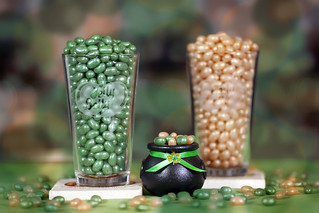 Jelly Belly Draft Beer turns GREEN!