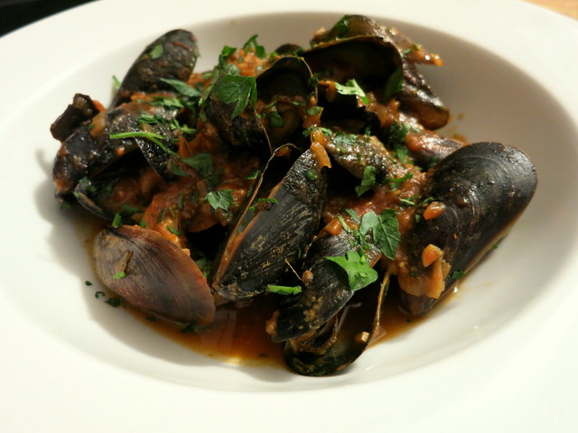 Spicy Spanish mussels, with almond picada