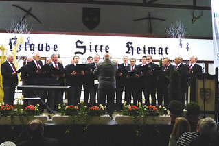 Der Männergesangverein Antfeld bei seinen Gesangsdarbietungen