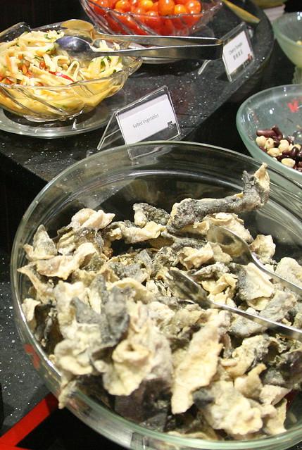 Crispy goodies - fried fish skin and papadum (not shown)