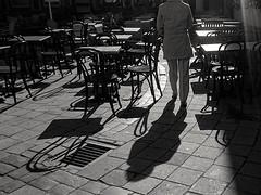 --- Vilnius. Spring. Morning. Café. ---