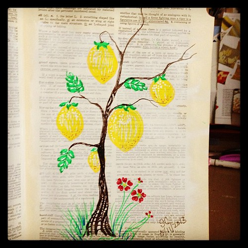 Random sketches 06 - experimenting paint marker, overgrown lemon lol #painting #art #sketches #journal #nature #trees