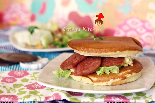 鬆餅火腿蛋 ham, egg and pancakes 1.1