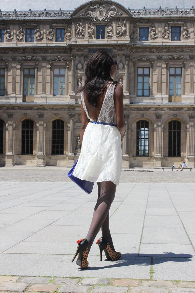 V-shaped dress
