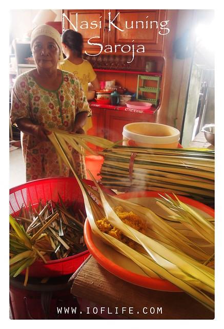 nasi kuning Saroja_ibu pemilik