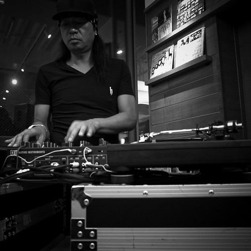 Dj Honda with Turntables and Mixer, H-Factor