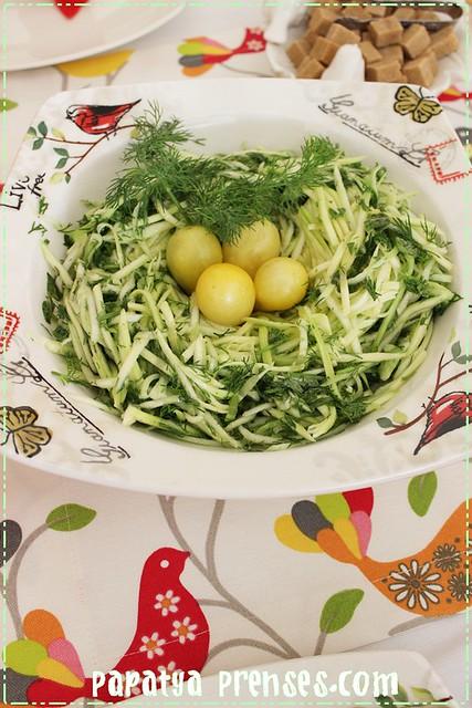 jülyen kabak salatası