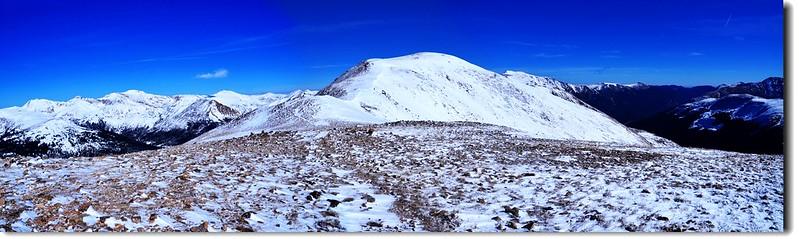 Loveland Pass  Point 12,915' 北眺