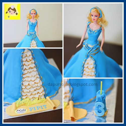 Barbie Cake for Pipit