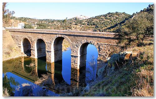 Ponte romana sobre o rio Erges by VRfoto