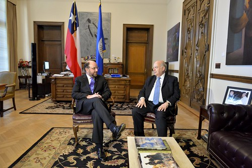 OAS Secretary General Receives Foreign Minister of Chile
